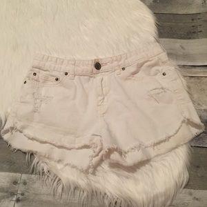Free people white jean shorts size 27